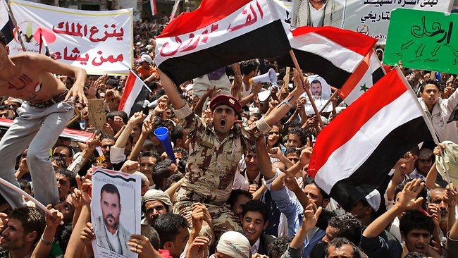 464236-yemen-protest