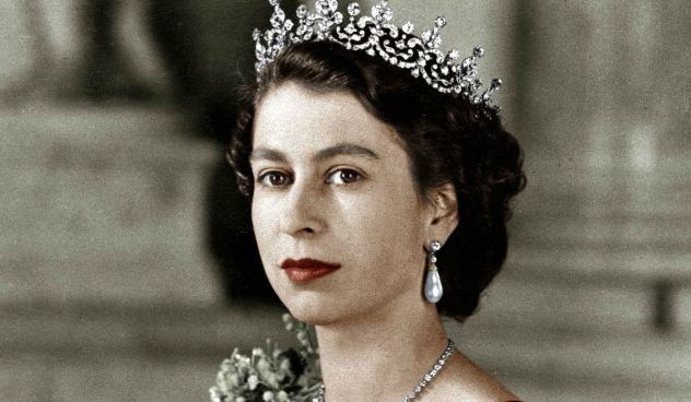 queen-elizabeth-ii-crown