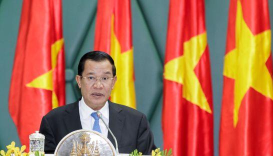 Hun Sen: Việt Nam 'không phải vua của tôi'