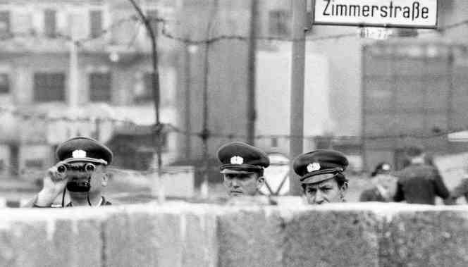 eastgermanpolice2