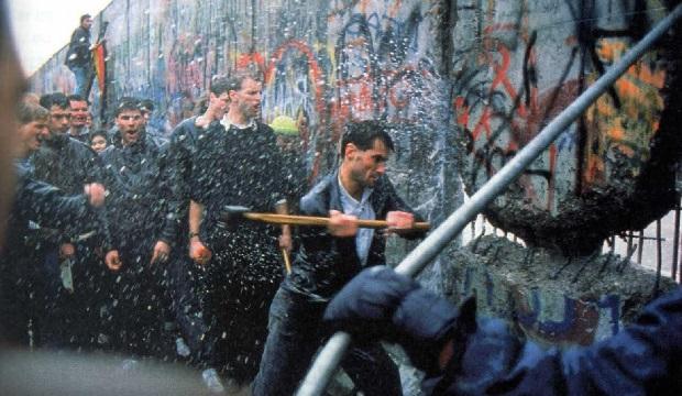 berlin-wall-down