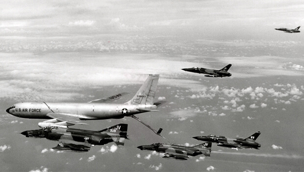 29-09-1965-hanoi-announces-that-downed-pilots-will-be-treated-as-war-criminals