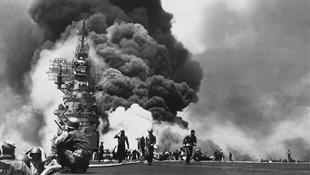 25-10-1944-first-kamikaze-attack-of-the-war-begins